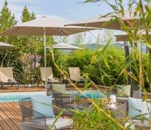 hotel-rossi-sartene-corsica-220x-190.jpg