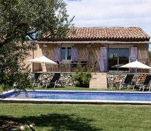 restanques-de-beaudine-forcalquier-villas-zwembad-220x190.jpg