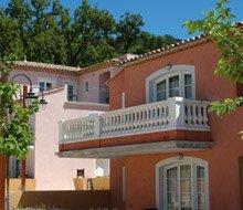camiole-resort-huis-buiten-220x190.jpg