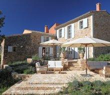 villa-maison-du-luc-simiane-provence-220x190.jpg