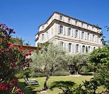 chateau-mazan-provence-cote-d'azur-exterieur -220x190.jpg