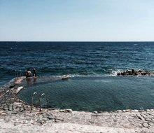 hotel les roches rouges saint raphael zwembad zee 220x190.jpg