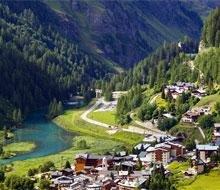 zomervakantie sportief franse alpen bergen