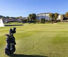 CHATEAU TAULANE provence golf hotel luxe