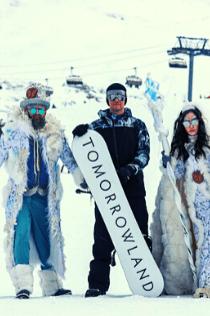 tomorrowland 2022 alpe d huez festival fun sneeuw ski