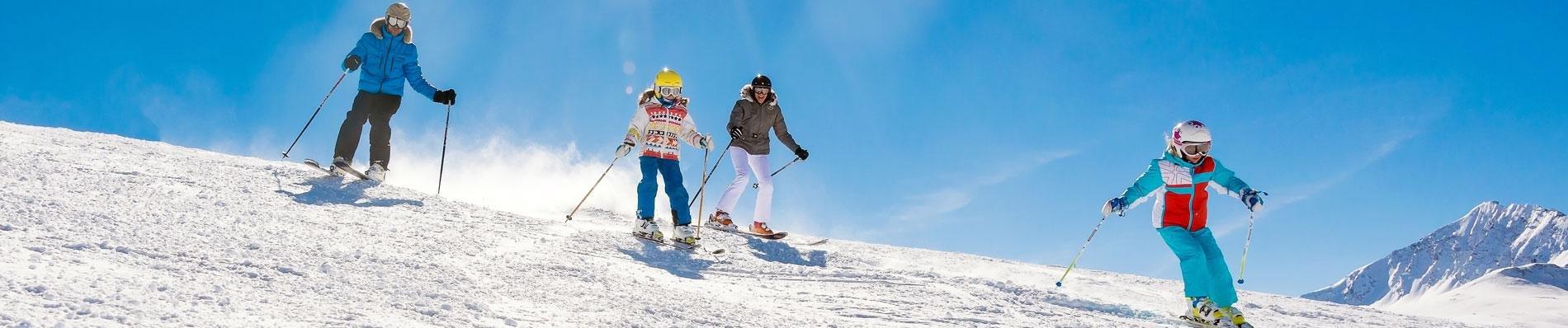 VALDISERE ski corona covid-19 gratis mondkapje skivakantie wintersport